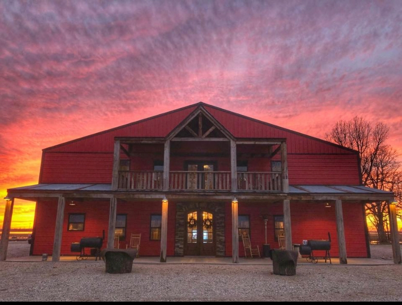 Luxury Waterfowl Hunting Lodge